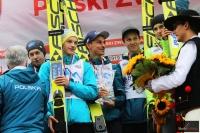 Zawodnicy klubu WSS Wisła podczas dekoracji, fot. Julia Piątkowska