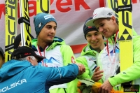 Andrzej Wąsowicz gratuluje zawodnikom klubu AZS Zakopane, fot. Julia Piątkowska