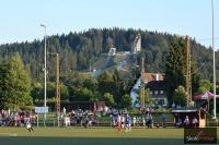 'Adler-Skistadion' w Hinterzarten - widok z miejscowego boiska piłkarskiego, fot. Stefan Piwowar