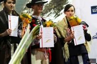 Wolontariusze z trofeami, fot. Julia Piątkowska