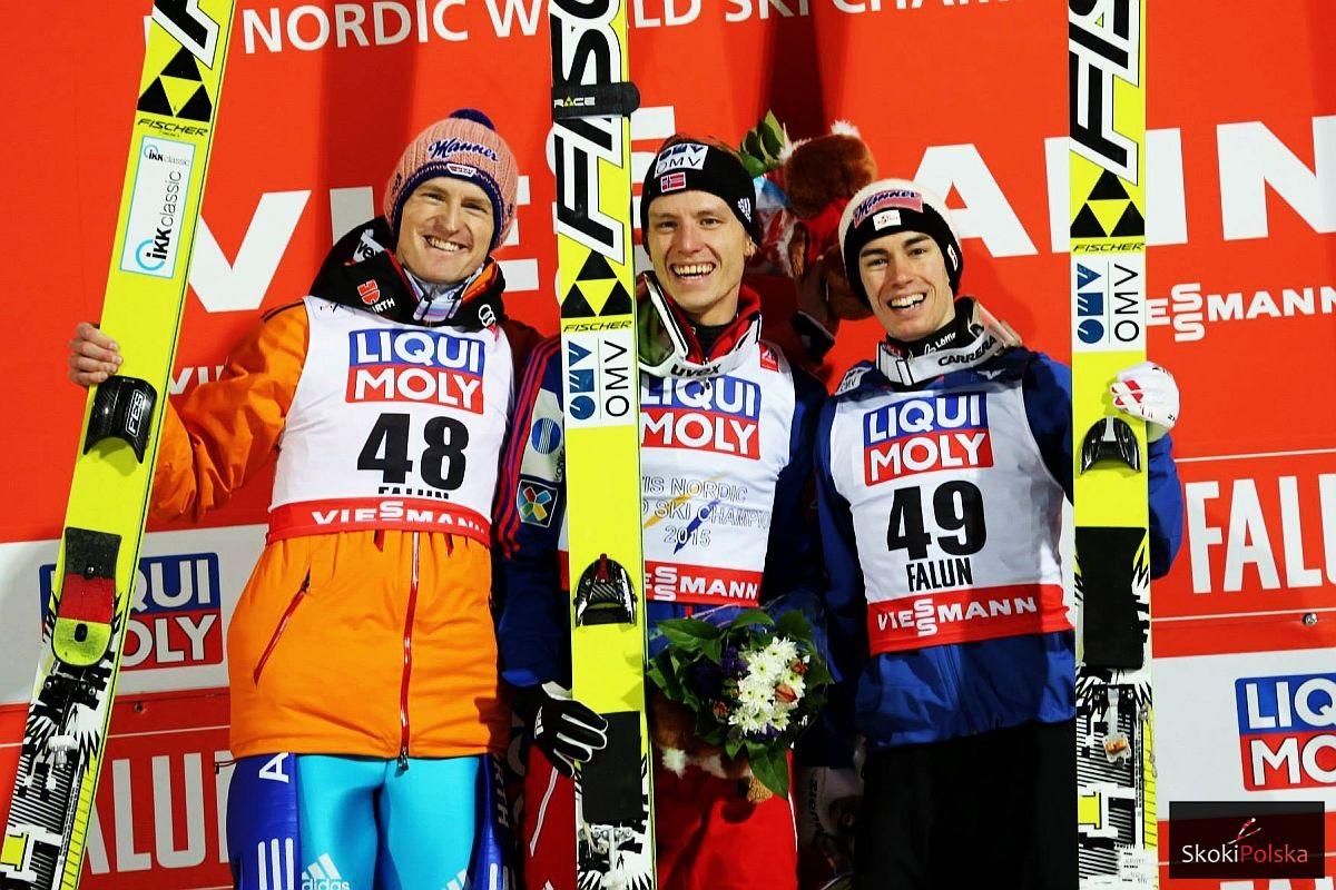 Podium konkursu (od lewej: S.Freund, R.Velta, S.Kraft), fot. Julia Piątkowska