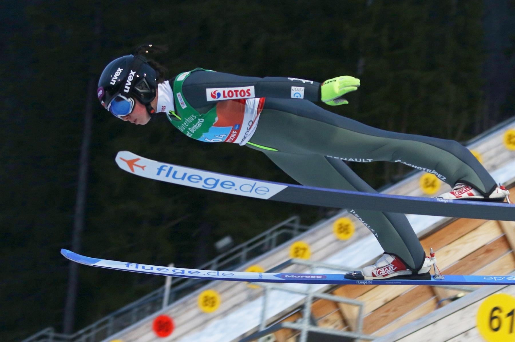 """Mistrzostwa Swiata Oberstdorf2021 panieteam fotJuliaPiatkowska 23 - Zmęczenie Polek? Kruczek: """"Chodzi o kwestie mentalne"""". Na dużej skoczni ma być lepiej"""