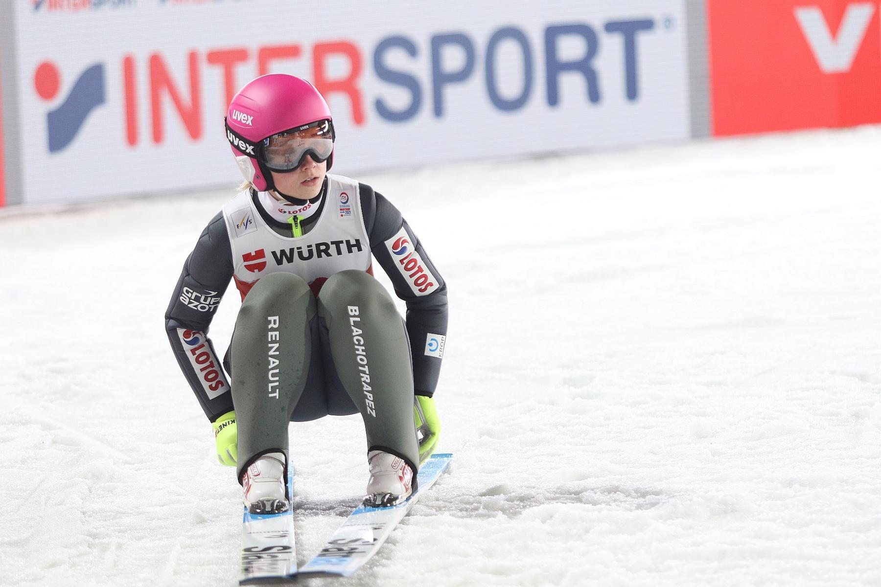 Mistrzostwa Swiata Oberstdorf2021 Panie Kwalifikacje fotJuliaPiatkowska 19 - MŚ Oberstdorf: Seria próbna dla Takanashi, Twardosz najwyżej z Polek