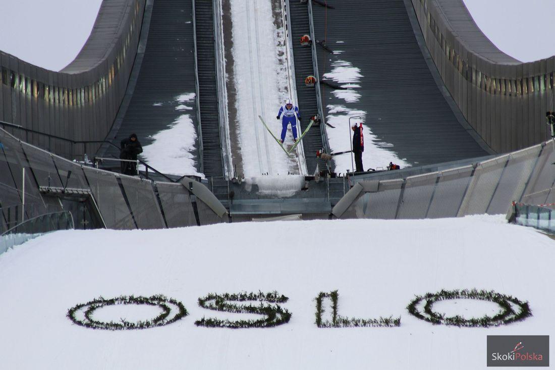 Skoczek w locie na 'Holmenkollbakken' w Oslo, fot. Julia Piątkowska