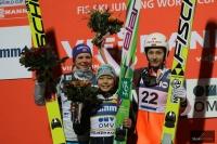 Podium konkursu (od lewej: Lunby, Takanashi, Avvakumova), fot. Julia Piątkowska