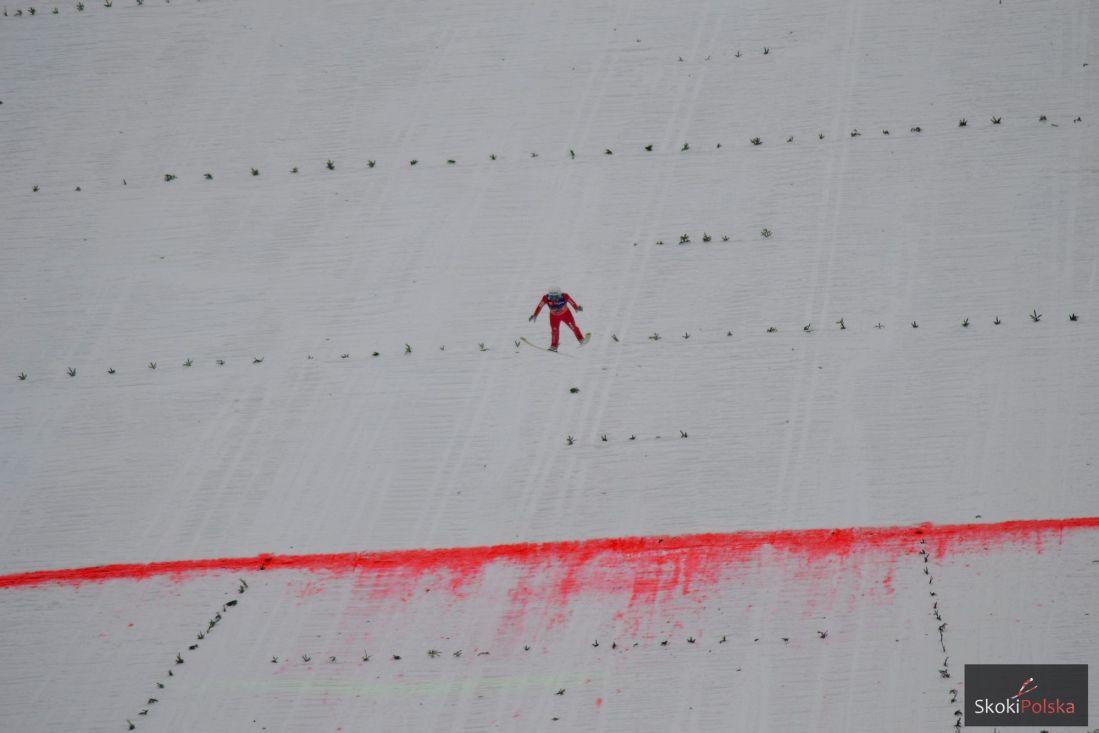 Skoczek w locie na Letalnicy, fot. Bartosz Leja