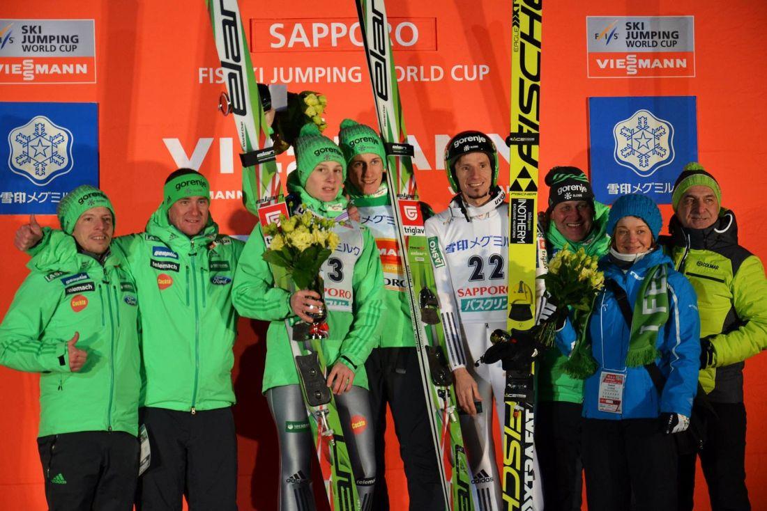 Podium pierwszego konkursu PŚ Sapporo 2016 (fot. Przemek Wardęga)