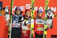 Podium konkursu (od lewej: Kamil Stoch, Junshiro Kobayashi, Stefan Kraft), fot. Julia Piątkowska
