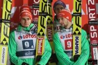 Niemieccy skoczkowie na podium (fot. Julia Piątkowska)