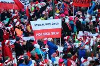 Kibice na Wielkiej Krokwi (fot. Julia Piątkowska)