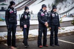 Słoweńska drużyna, od lewej: Jelar, Klinec, Prevc, Kriznar (fot. Daniel Maximilian Milata / Maxim's Sports)