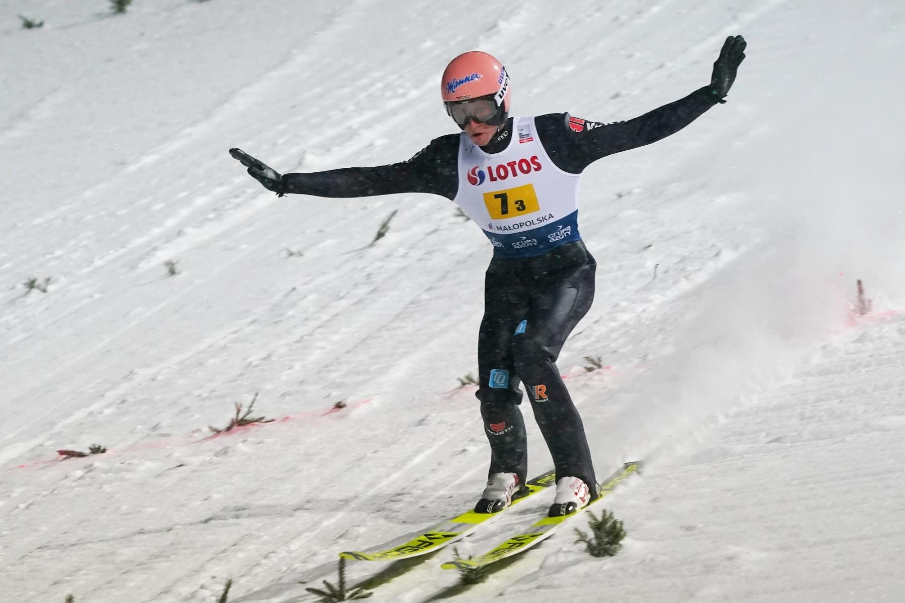 Puchar Swiata Zakopane 2021 konkurs druzynowy 25 - PŚ Lahti: 53 skoczków z 11 krajów na starcie. Jak spiszą się Polacy? [LIVE]