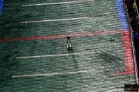 Zawodnik na skoczni we Frenstacie (fot. Julia Piątkowska)