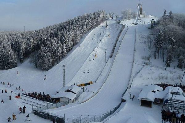winterberg sankt.georg.schanze cc.nichter85 - FIS Cup WINTERBERG: DAVID UNTERBERGER ZWYCIĘŻA w PIERWSZYM KONKURSIE