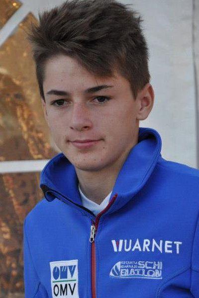 iulian sorin pitea - FIS Cup MĘŻCZYZN RASNOV: PITEA WYGRYWA DRUGI KONKURS, KANTYKA NA PODIUM