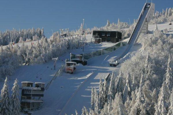 Alpen Cup Oberwiesenthal: zwycięstwo Bradatscha i ex aequo Raudaschl z Kraus