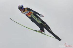 Schlierenzauer Gregor lot S.Piwowar 300x200 - LGP w Hinzenbach: Freitag wygrywa kwalifikacje, pięciu Polaków w konkursie