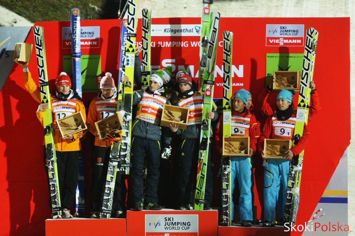 WC Klingenthal team 2013 - PŚ KLINGENTHAL: SŁOWENIA WYGRYWA INAUGURACJĘ, POLACY TUŻ ZA PODIUM