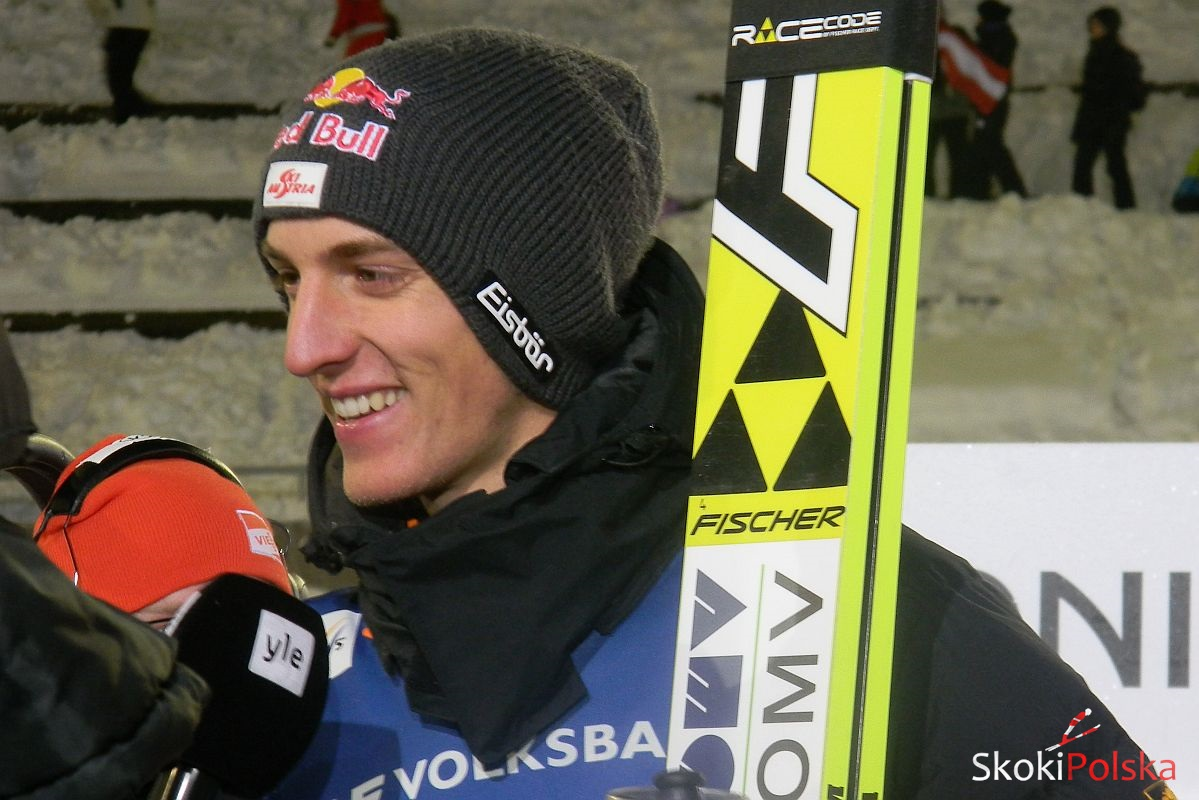 PŚ Lillehammer: zwycięstwo Schlierenzauera, trzech Polaków punktuje w wietrznej loterii