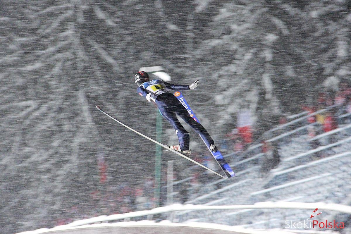 skoczek lot zima - FIS Cup NOTTODEN: NORWESKO-FIŃSKIE PODIUM w PIERWSZYM KONKURSIE