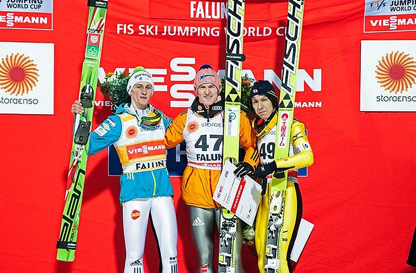Podium PŚ w Falun (od lewej: Prevc, Freund, Kasai), fot. Falun 2015