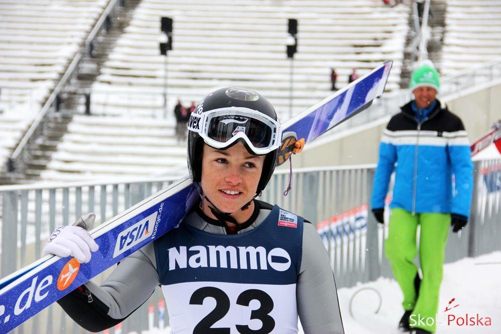 Van Lindsey Oslo S.Piwowar - Żeńska kadra skoków narciarskich USA na sezon 2014/2015