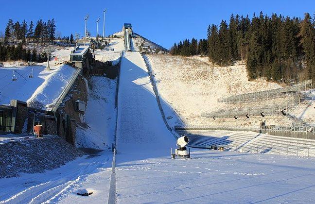 Oslo Midstubakken SkiVM2011.A.S - Norwegia - skocznie