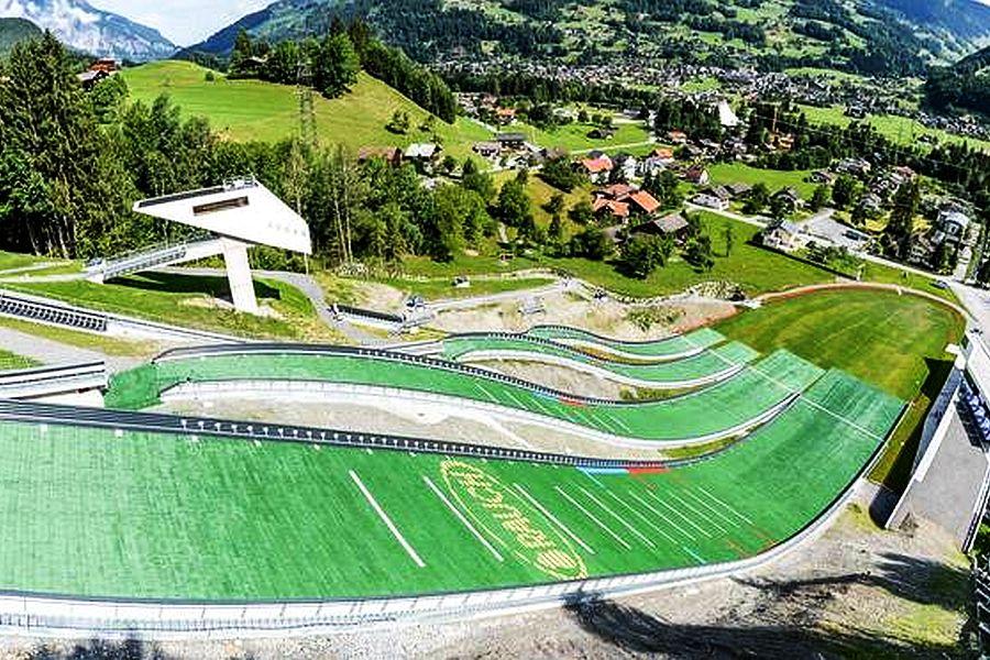 Tschagguns Montafoner.Schanzenzentrum fot.peter riedel.info  - Alpen Cup w Tschagguns: Steiner ex aequo z Greberem wygrywają pierwszy konkurs