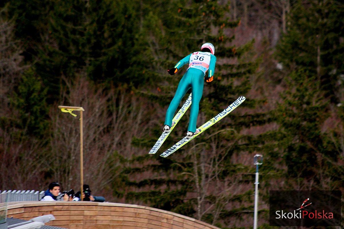 Kot Maciej lot J.Piatkowska - Pierwsze skoki Polaków na torach lodowych w Hinzenbach i Oberstdorfie
