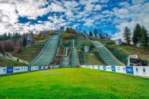FIS Cup Rasnov: 4 Polki i 10 Polaków na starcie sobotnich konkursów (program)