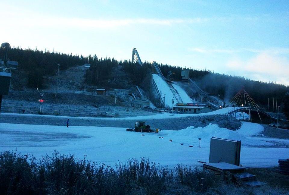 Skocznie w Rovaniemi 1 listopada 2014 r., fot. Jukka Ylipulli