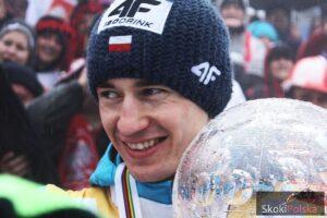 Kamil Stoch z Kryształową Kulą za sezon 2013/2014 (fot. Julia Piątkowska)