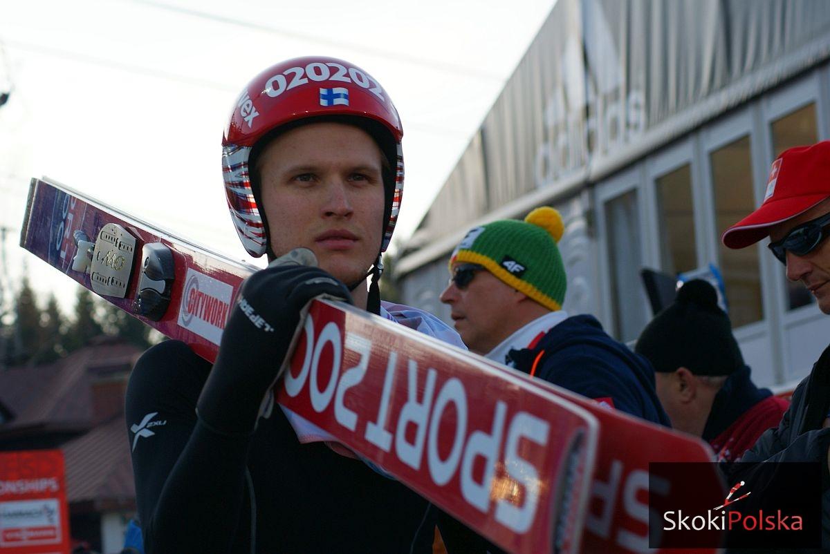 Asikainen.Lauri Harrachov.MSL .2014 fot.Bartosz.Leja  - Asikainen powrócił na skocznię po problemach zdrowotnych