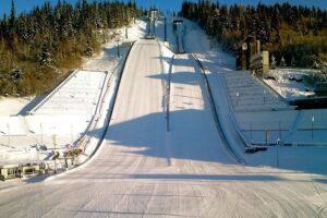Skocznie w Lillehammer gotowe na Puchar Świata (WIDEO)