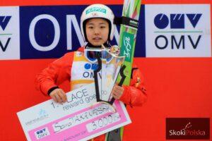 PŚ Pań Sapporo: Takanashi najlepsza, sensacyjne podium młodej Austriaczki
