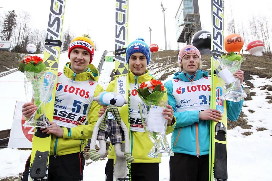 Podium konkursu (od lewej: K.Murańka, M.Kot, D.Kubacki), fot. Alicja Kosman / PZN