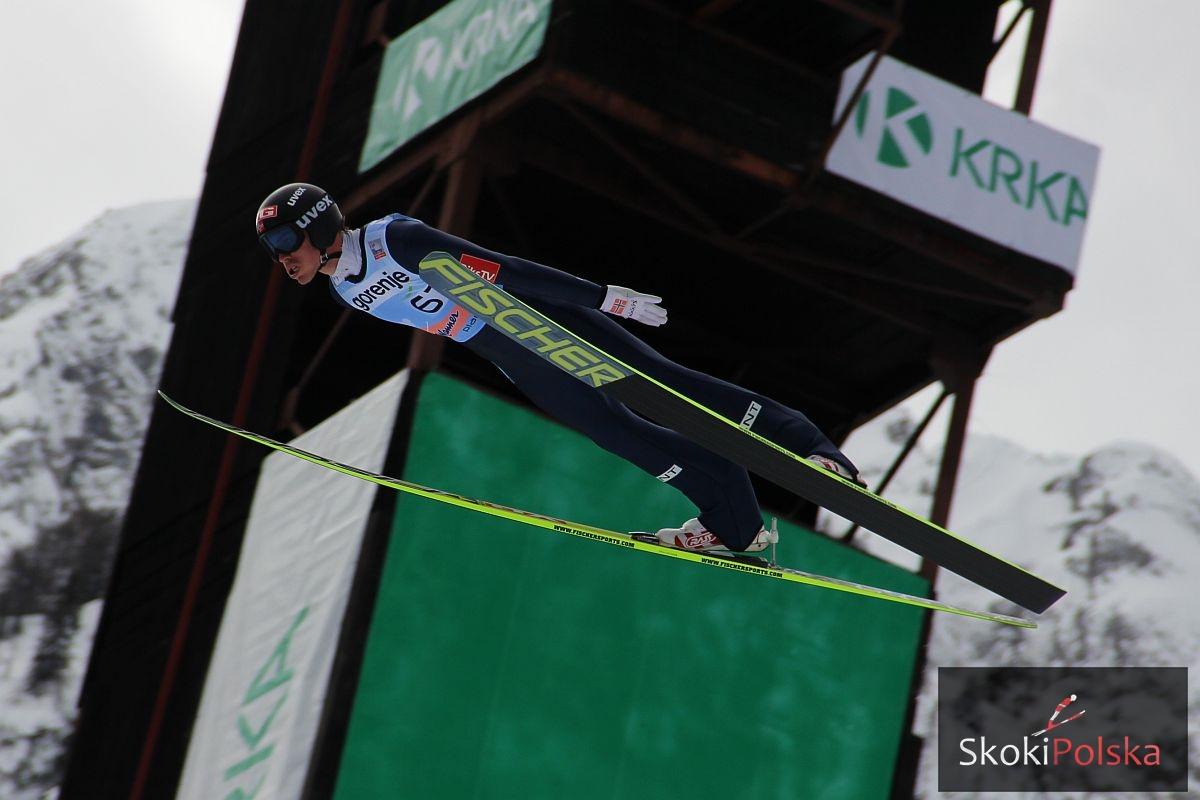 PŚ Vikersund: Prowadzenie Prevca, Stjernen blisko rekordu świata!