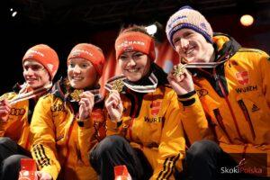 Niemcy z medalami konkursu drużyn mieszanych MŚ w Falun (Vogt, Althaus, Freund, Freitag, fot Julia Piątkowska)