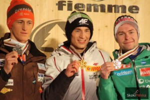 Podium MŚ w Val di Fiemme ze skoczni dużej - Prevc, Stoch, Jacobsen (fot. Julia Piątkowska)