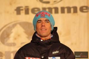 Anders Bardal na najwyższym stopniu podium podczas MŚ w Predazzo (fot. Julia Piątkowska)