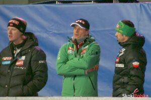 Trener Alexander Stoeckl z asystentami (fot. Bartosz Leja)
