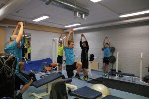 Trening fińskich skoczków narciarskich (fot. Ski Jumping Team Finland / Facebook.com)