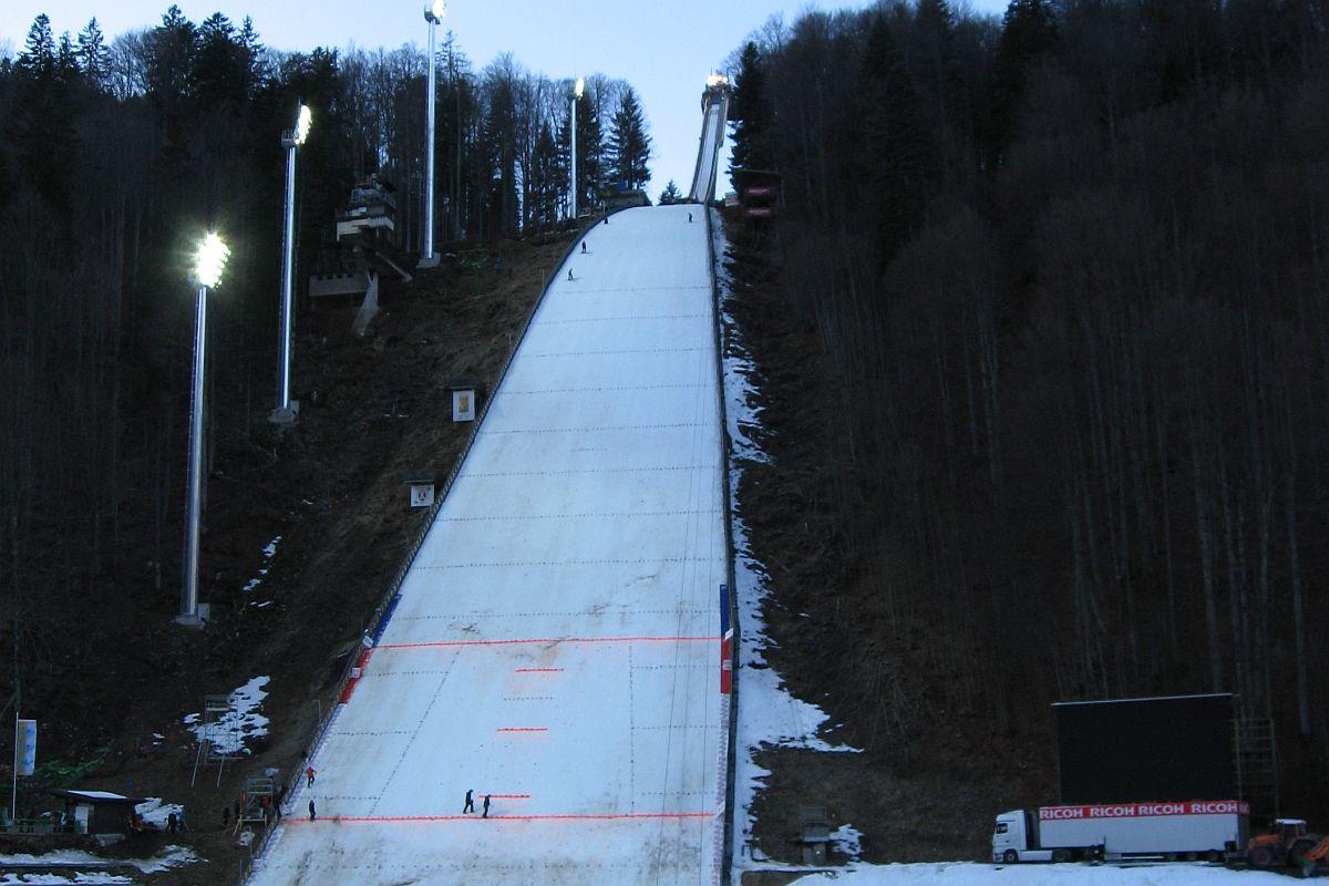 Oberstdorf Heini Klopfer Skiflugschanze fot.Jeses  - Mamut w Oberstdorfie największy na świecie, padnie rekord świata?
