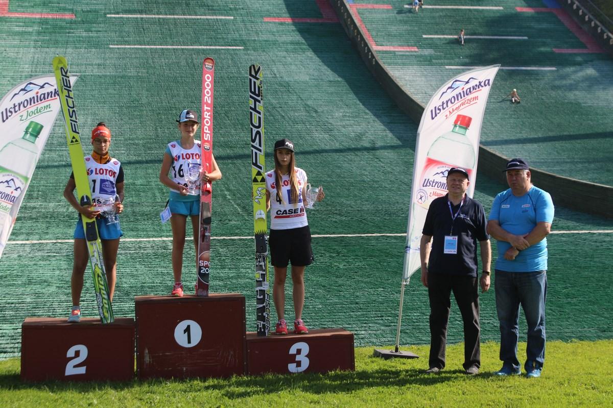 Podium konkursu (od lewej:  Arantxa Lancho, Kinga Rajda, Magdalena Pałasz)