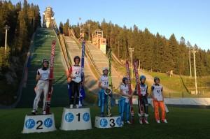 Podium pierwszego konkursu LPK Kuopio 2015 (od lewej: F.Altenburger, A.Lanisek, T.Fuchs), fot. Puijon kisat Facebook