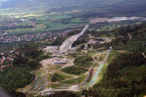 Kompleks skoczni narciarskich w Oslo, fot. GAD