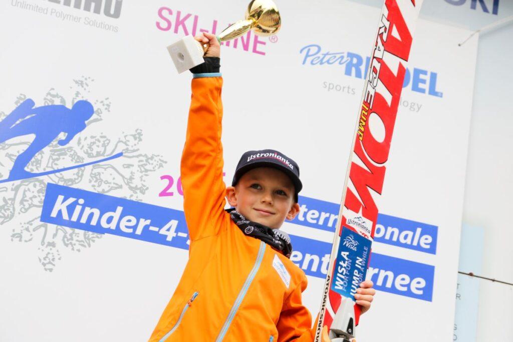 Tymoteusz Cienciała ponownie wygrywa Turniej Czterech Skoczni dla dzieci! (FOTO, WIDEO)