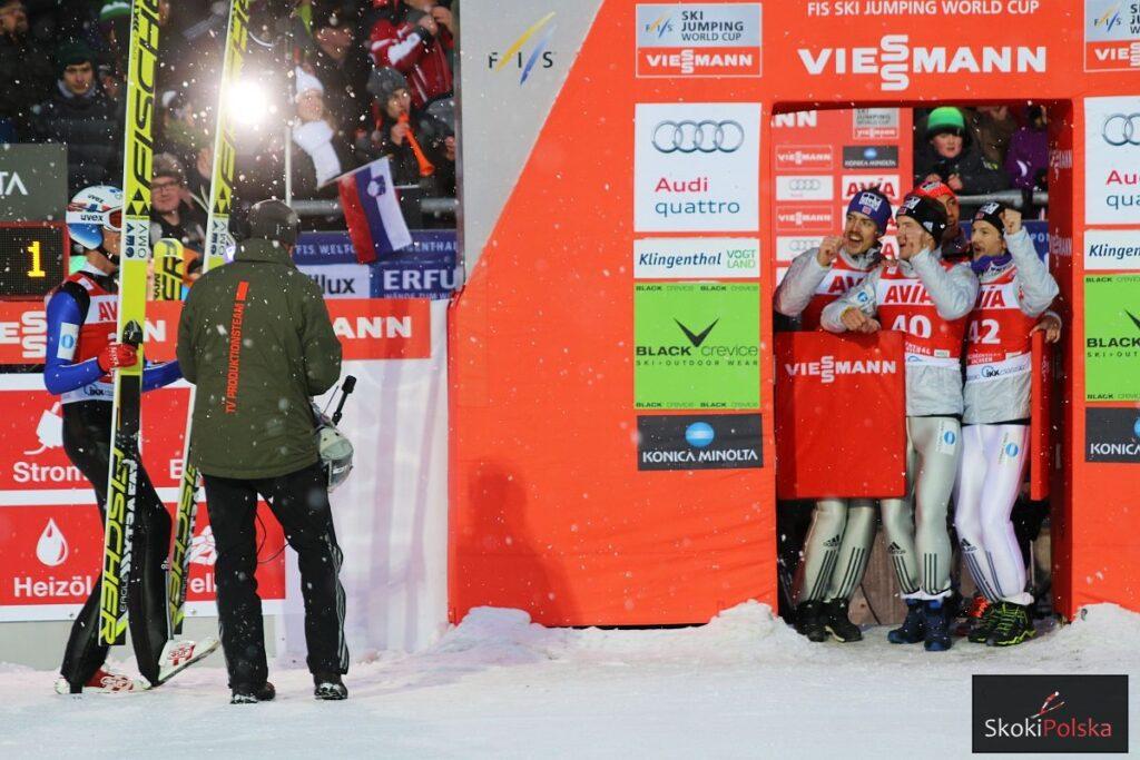 PŚ Zakopane: Norwegia prowadzi po pierwszej serii, Polacy na trzecim miejscu!