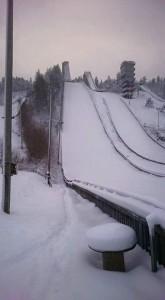 Rovaniemi Ounasvaara fot.Jukka .Ylipulli 165x300 - Finowie już skaczą na śniegu w Rovaniemi