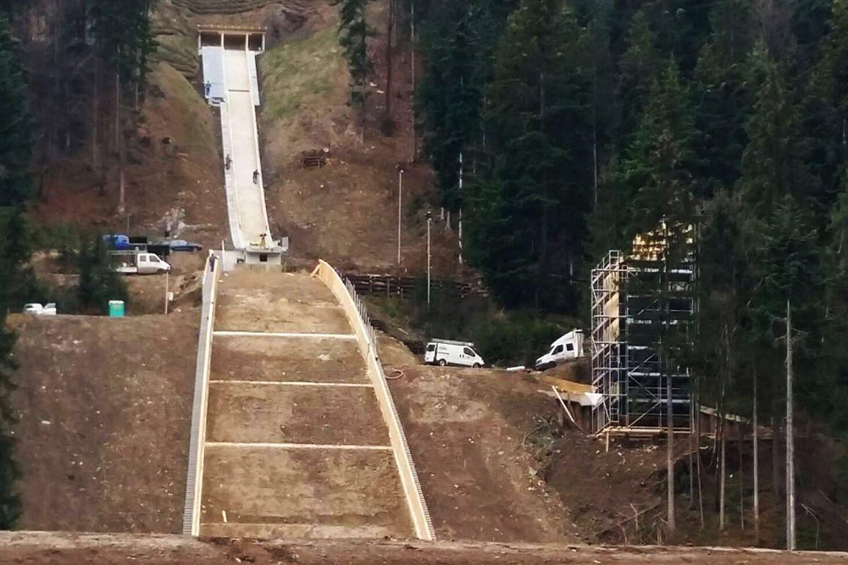Ljubno Logarska.Dolina fot.Ljubno.FIS .Ski .Jumping.World .Cup .Ladies.Facebook - Nowe życie skoczni - przebudowy w Zao, Ljubnie i Plymouth